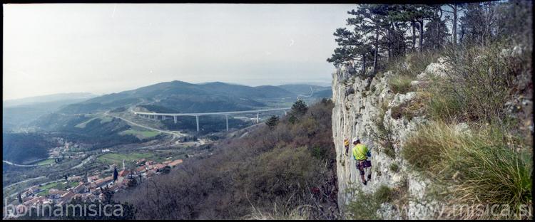 BorinaMisica-stena2